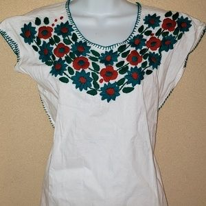 New handmade Mexican blouse. Size s/m.
